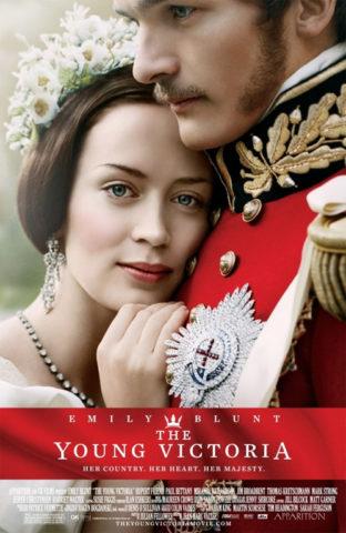Az ifjú Viktória királynő, film plakát