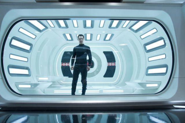 Sötétségben - Star Trek - filmjelenet