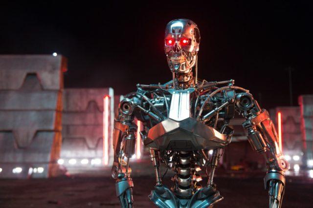 Terminator Genisys-02