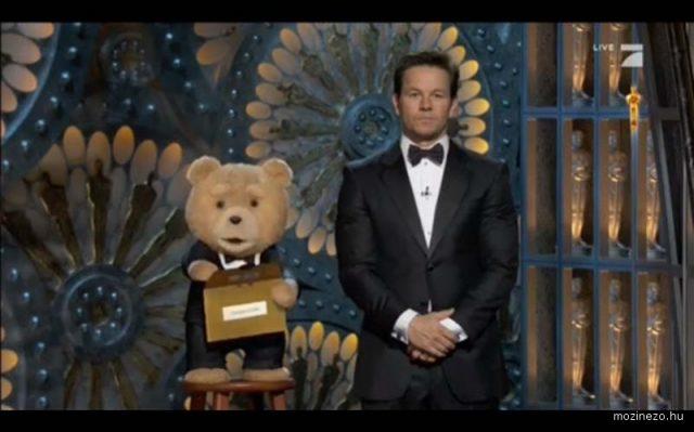 Ted_Mark Wahlberg-85_oscar-2013